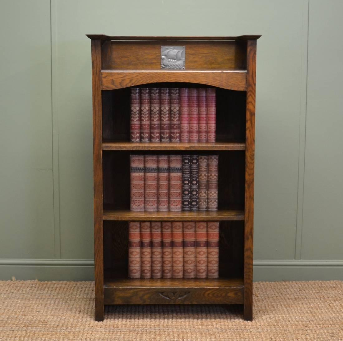 Small Arts & Crafts Antique Oak Open Bookcase - Antiques World