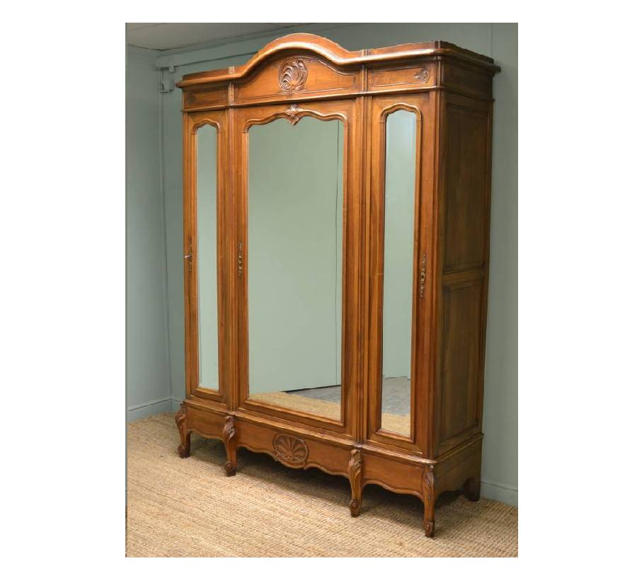 Large French Decorative Walnut Antique Wardrobe / Armoire.