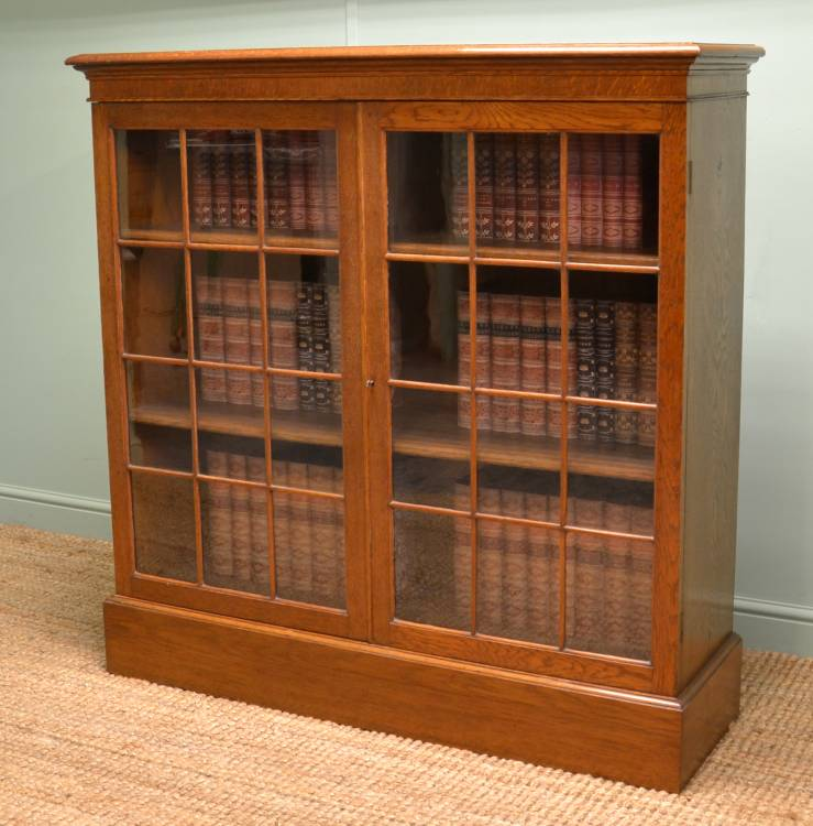 Quality Oak Simple, Stylish Antique Victorian Bookcase.