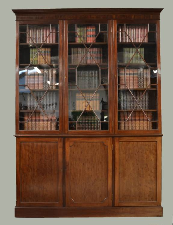 Magnificent Quality Regency Mahogany Library Bookcase