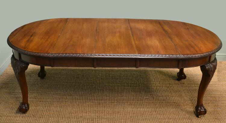 Quality Edwardian Walnut Large Antique Wind-Out Dining Table.