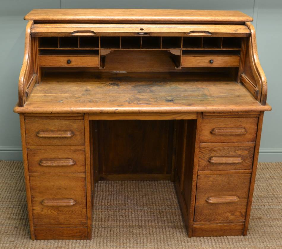 Edwardian Mellow Oak Antique Roll Top / Tambour Front Desk.