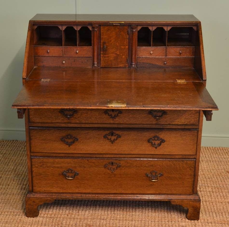 Georgian oak antique bureau antiques world for Bureau antique