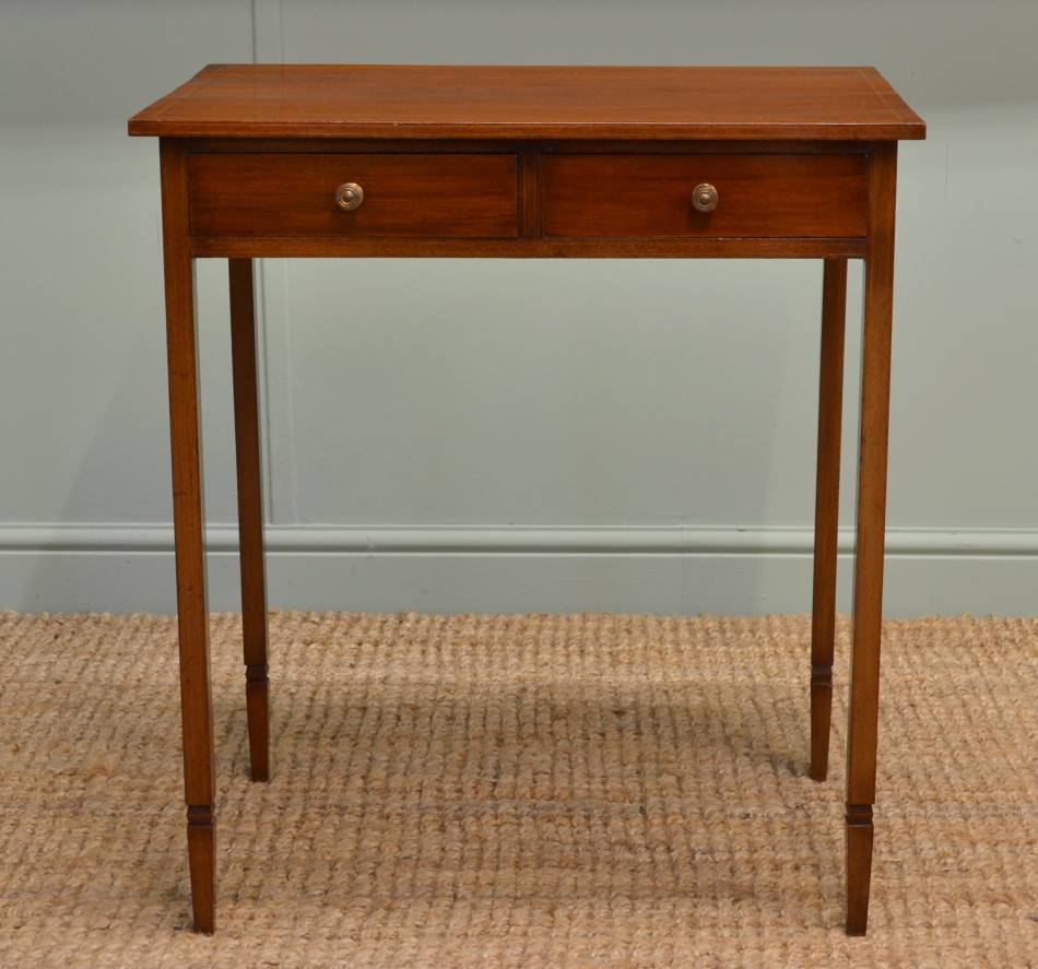 Edwardian Mahogany Small Antique Side Table / Telephone Table.
