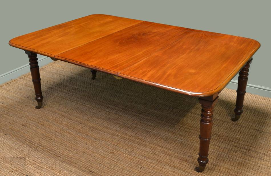 Quality, Early Victorian, Mahogany Antique Extending Dining Table.