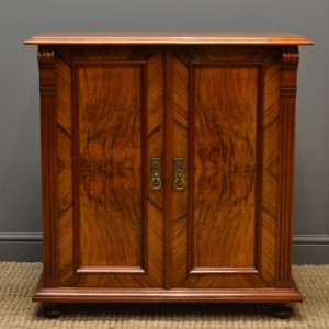 Antique Cupboards & Cabinets