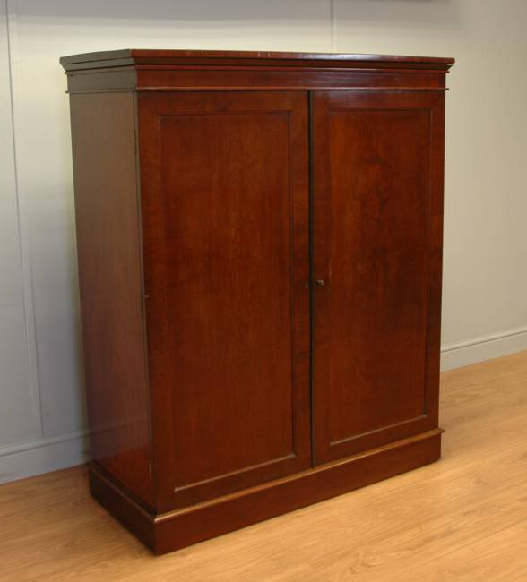 Edwards and Roberts Beautifully Figured Antique Mahogany Linen Cupboard.