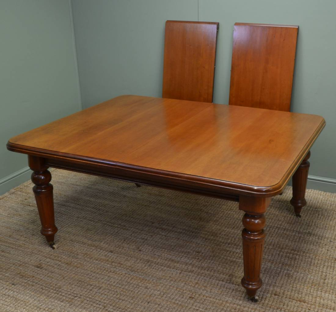 Mellow Mahogany Victorian Antique Extending Dining Table  : 46335 from antiquesworld.co.uk size 1100 x 1019 jpeg 89kB