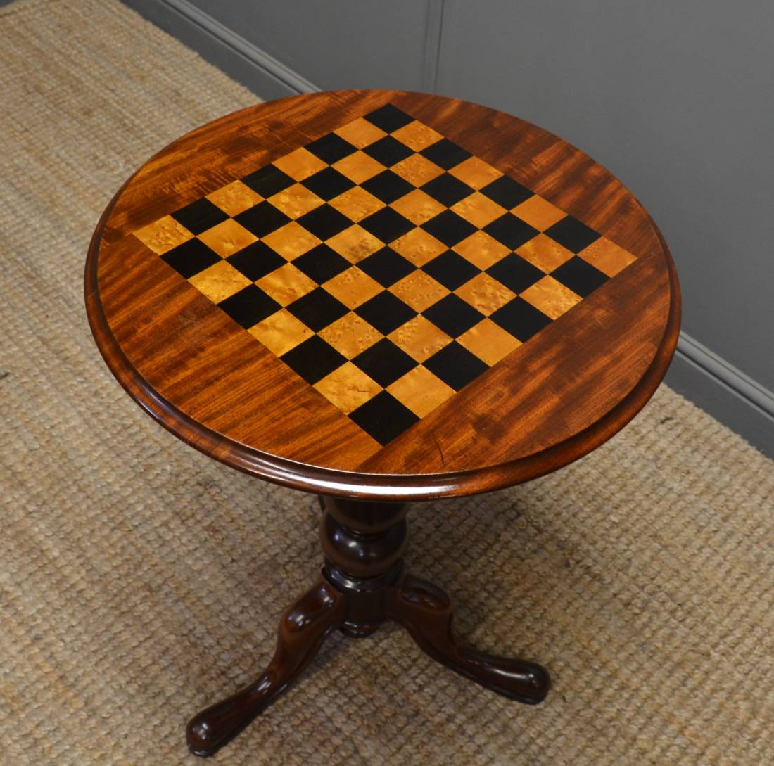 Quality Victorian Mahogany Antique Chess Top Table.