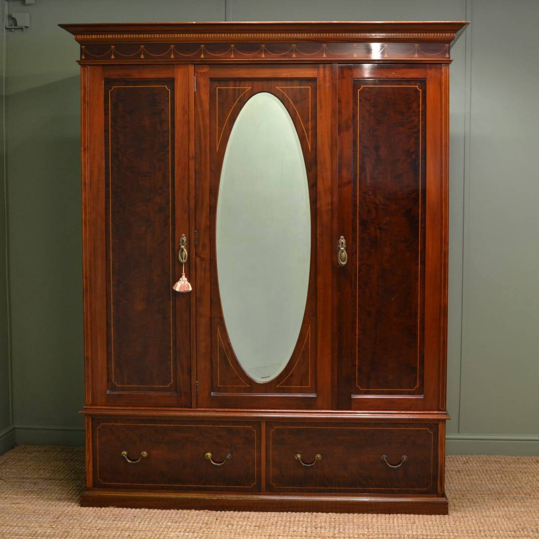 Stunning Quality Antique Mahogany Triple Wardrobe