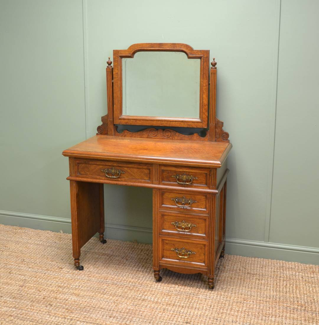 Magnificent 'Burr' Pollard Oak Arts & Crafts Dressing Table