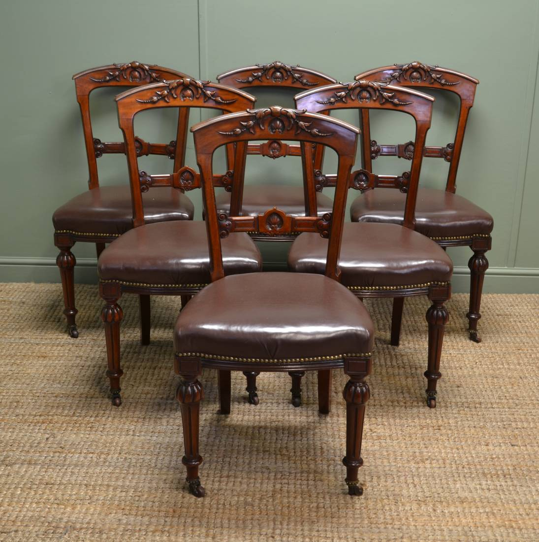 Superb Quality Set of Six Victorian Antique Walnut Dining Chairs