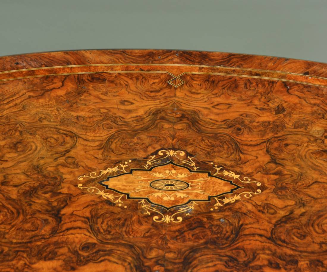 Quality Victorian Burr Walnut Antique Oval Centre Table.