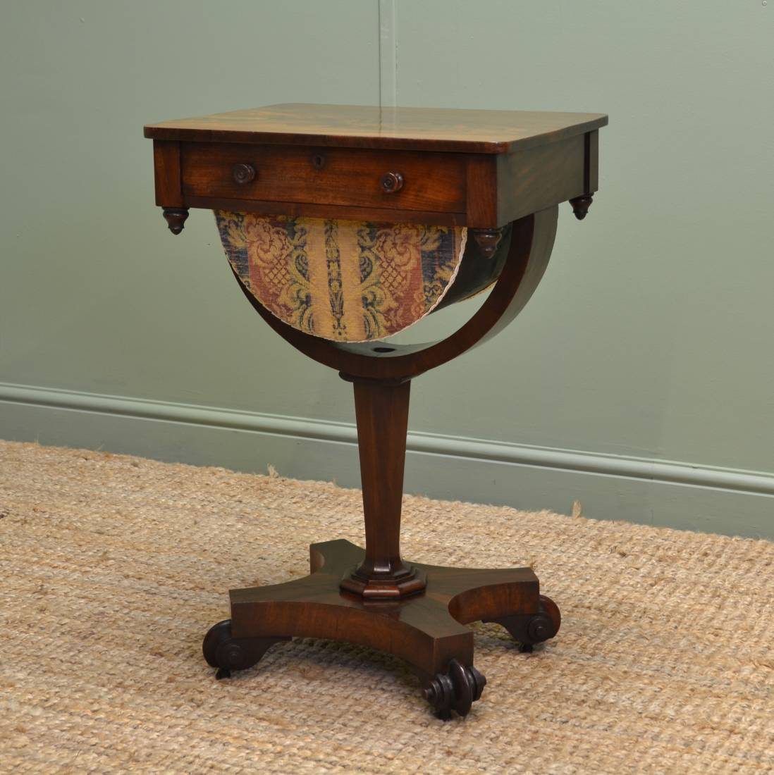 Quality William IV Flamed Mahogany Antique Side Table / Workbox