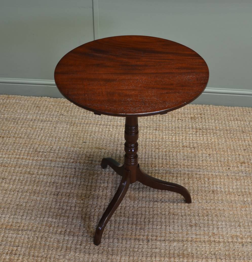 Fine Quality Antique Regency Mahogany Occasional Tripod Table