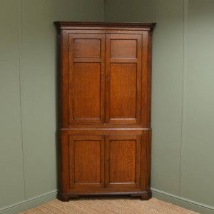 Quality Period Oak Antique Floor Standing Corner Cupboard