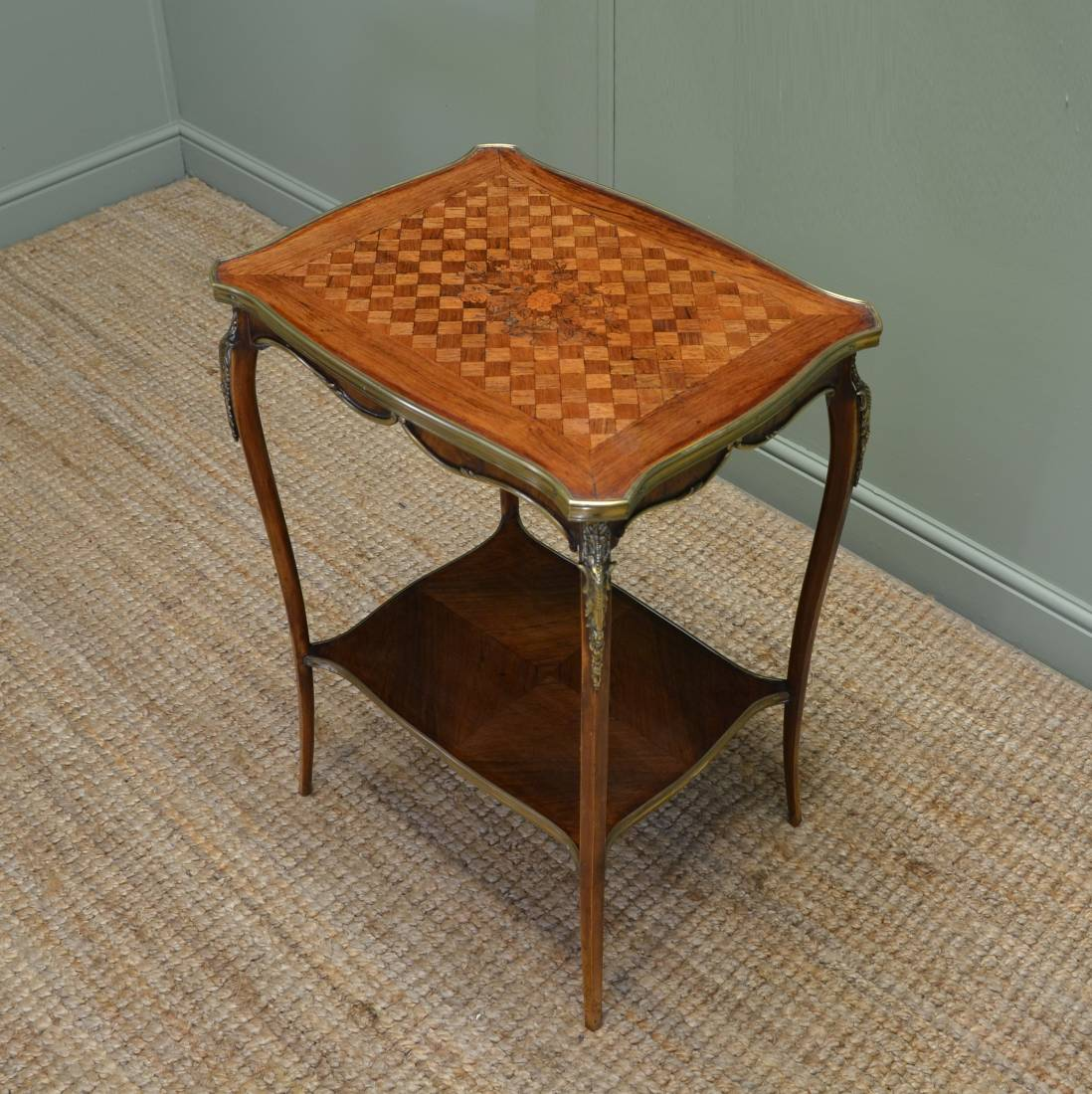 Superb Quality Inlaid Walnut Antique Edwardian Occasional Table / Side Table