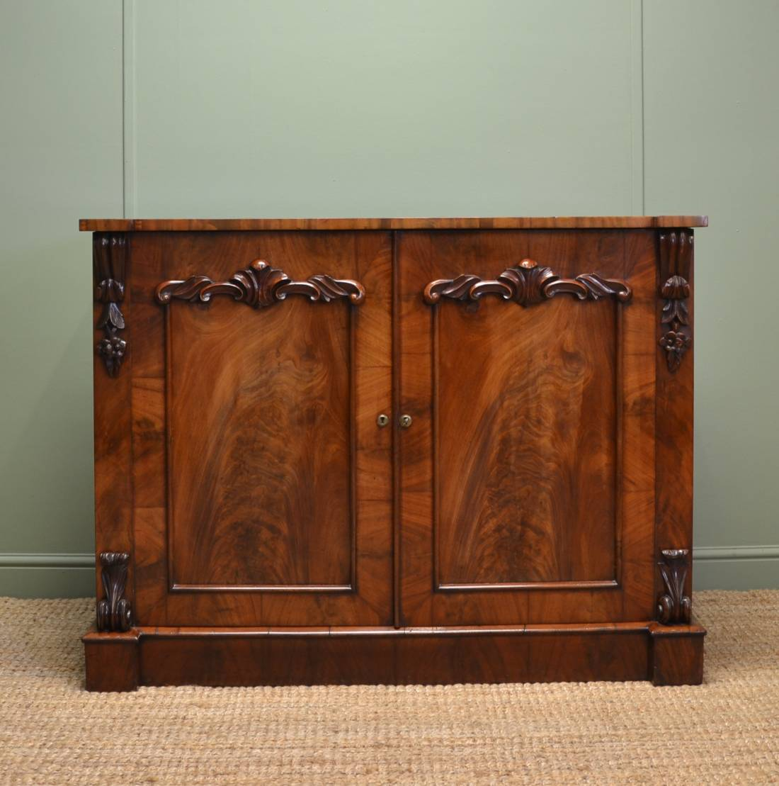 William IV, Figured Mahogany, Antique Cupboard / Chiffonier.