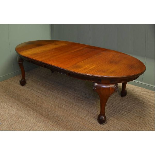 Quality Solid Walnut Victorian Extending Dining Tablea