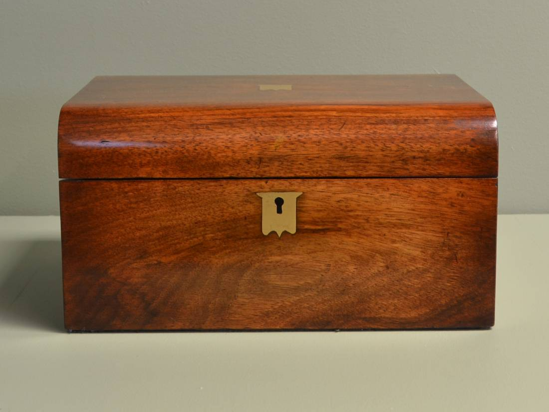 Superb Quality Victorian, Rich walnut Writing Slope