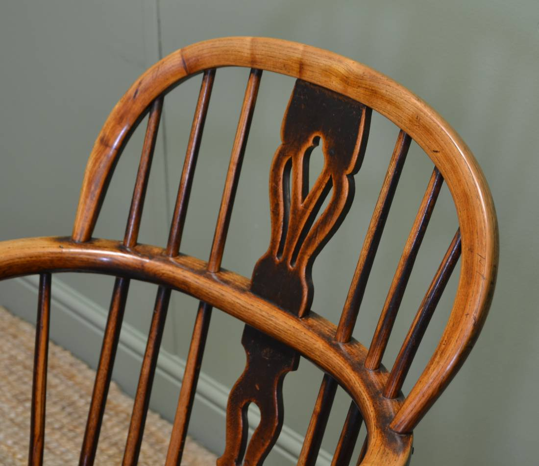 Fine Country, Ash and Elm Antique Windsor Chair