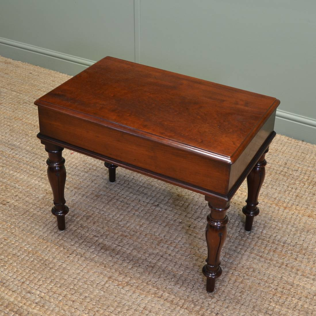 Antique coffee tables antiques world Coffee tables uk