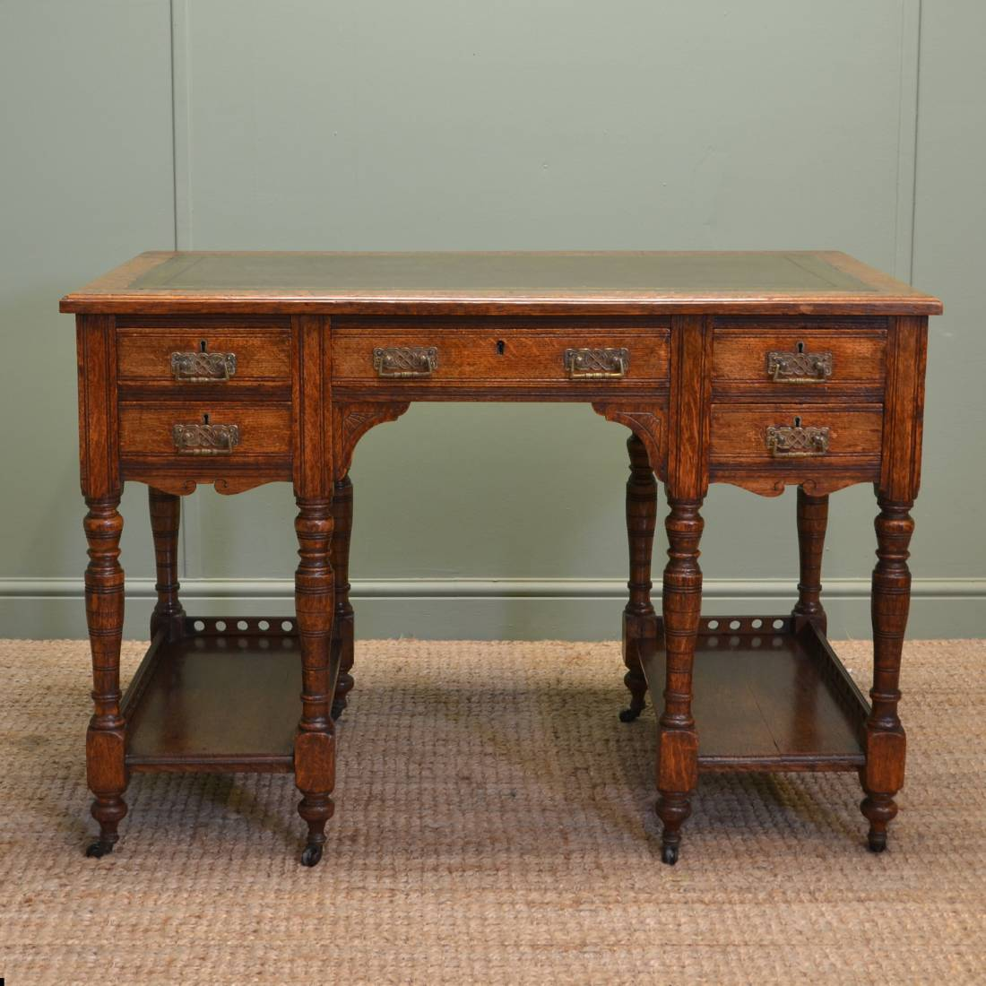 Characterful small victorian oak antique arts and crafts for Antique furniture desk