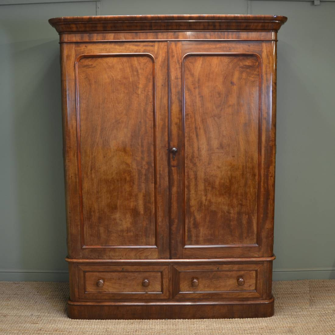 Magnificent Quality Heal And Son Figured Mahogany Antique Double Wardrobe  ... - Heals Antique Furniture - Antiques World