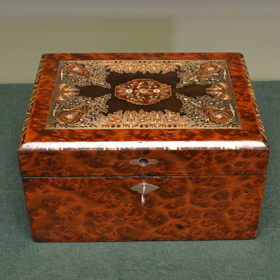 Spectacular Birds Eye Maple Brass Inlaid Antique Victorian Work Box