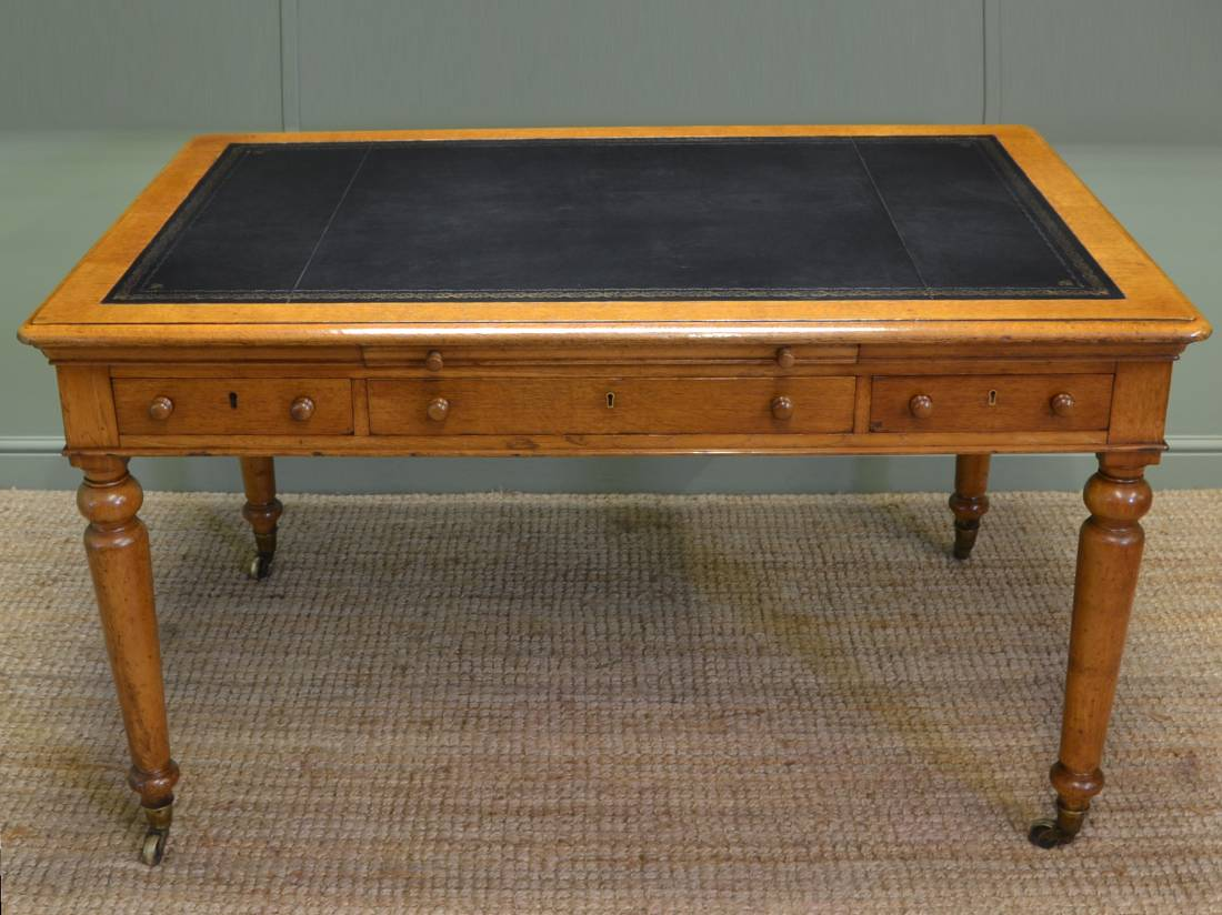 Spectacular Quality John Taylor & Son Large Oak Victorian Antique Partners / Writing Desk.