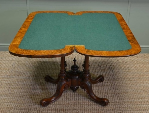 Re Baize card table - After