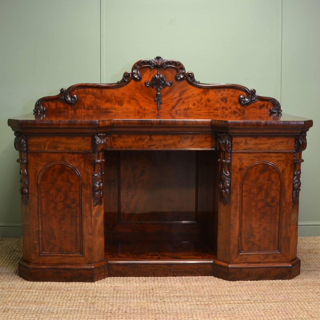 victorian mahogany antique sideboard chiffonier ca 1840. Black Bedroom Furniture Sets. Home Design Ideas