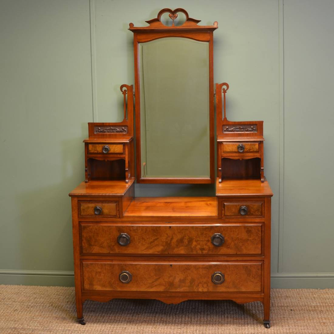 Quality Burr Walnut Art Nouveau Victorian Dressing Table