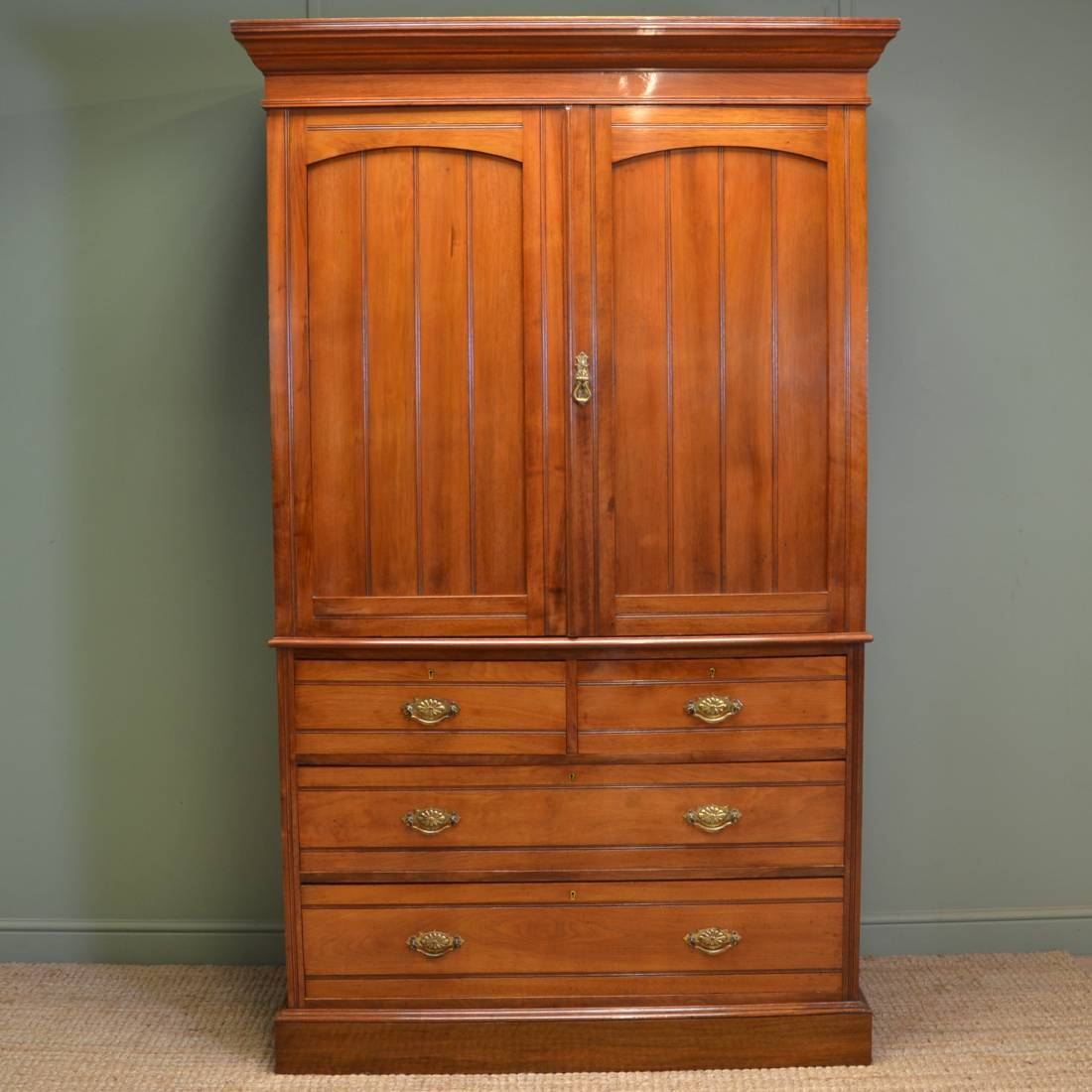 Spectacular Figured Walnut Antique Linen Press By Maple And Co
