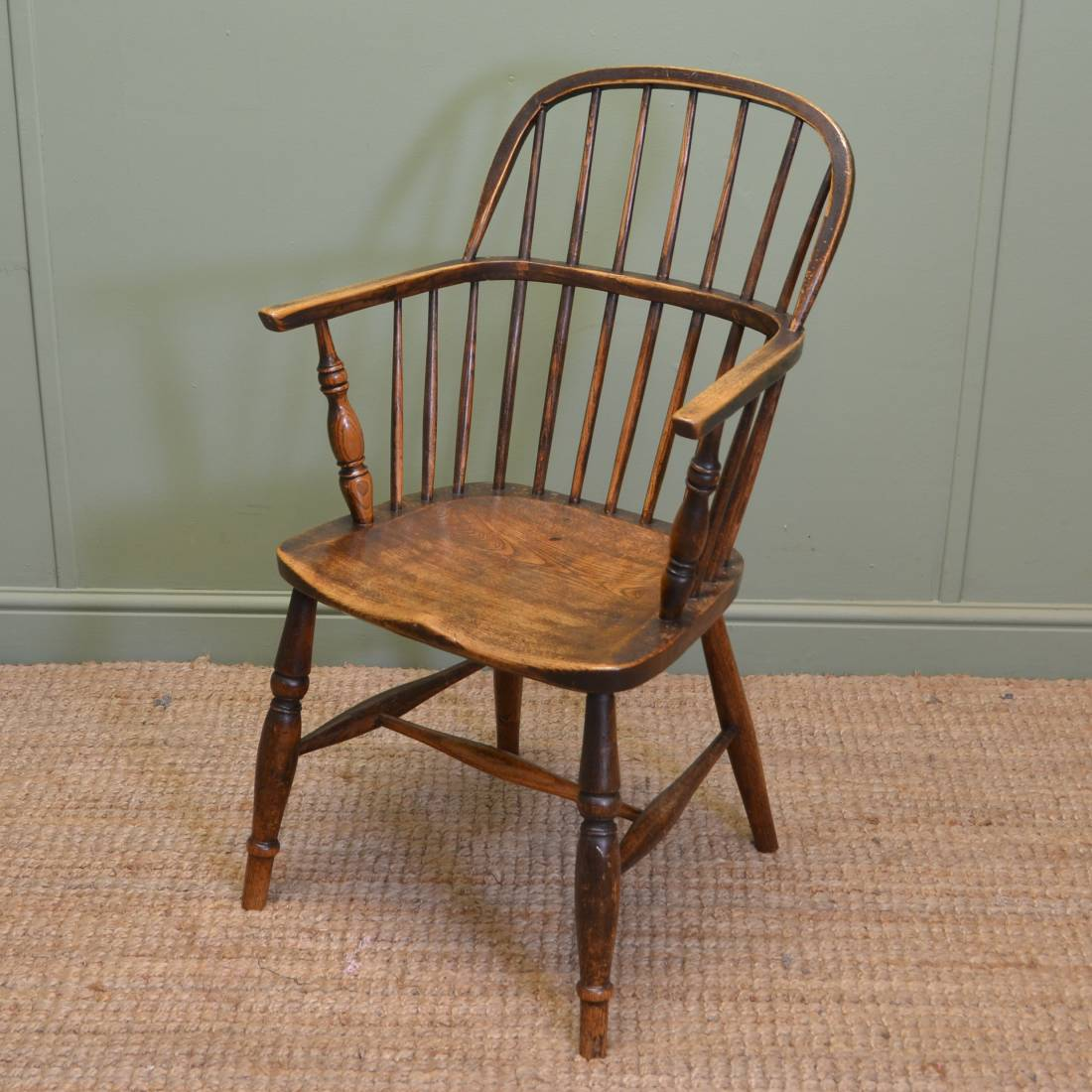 Fine Country, Oak Wheel Back Antique Windsor Chair