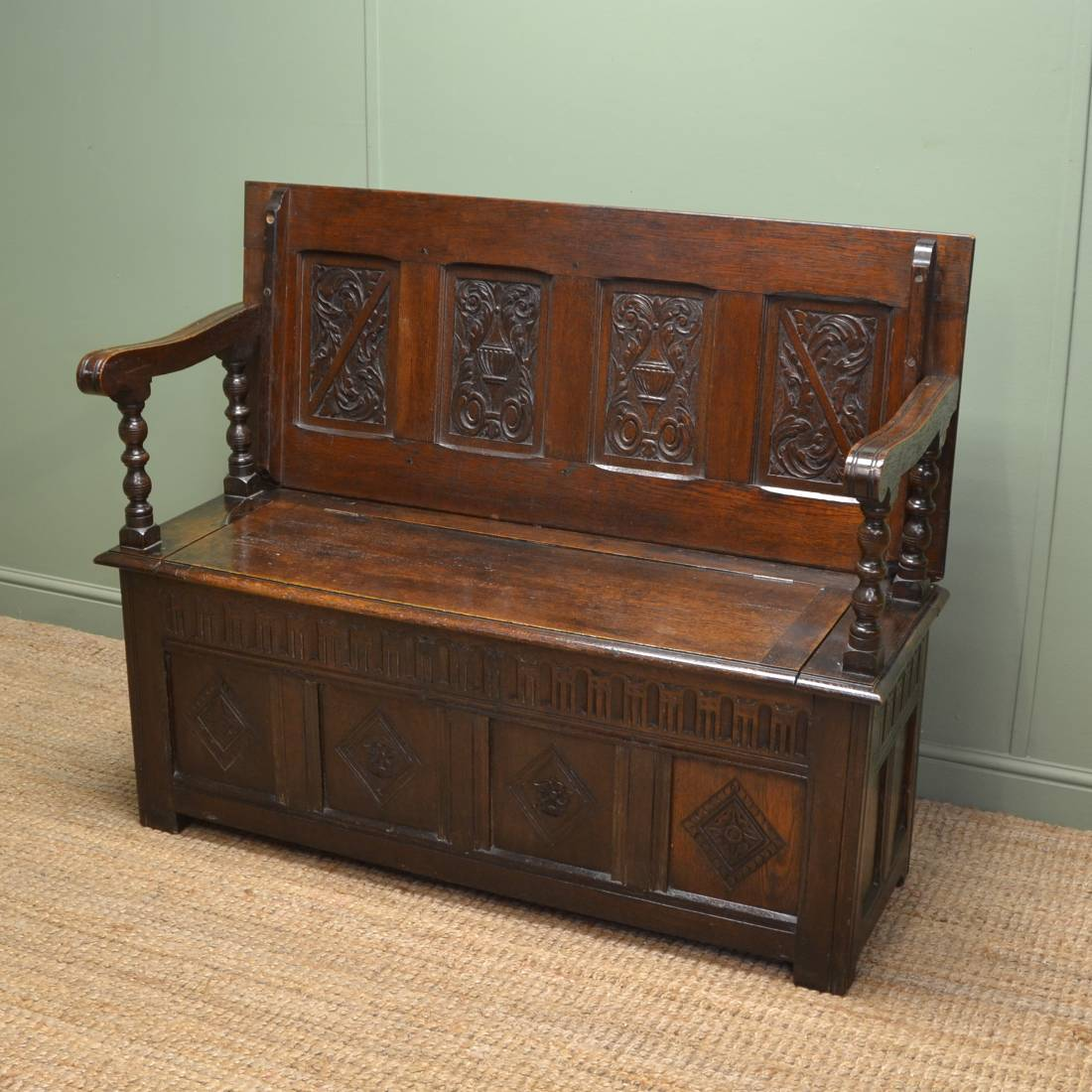 Antique furniture periods and dating