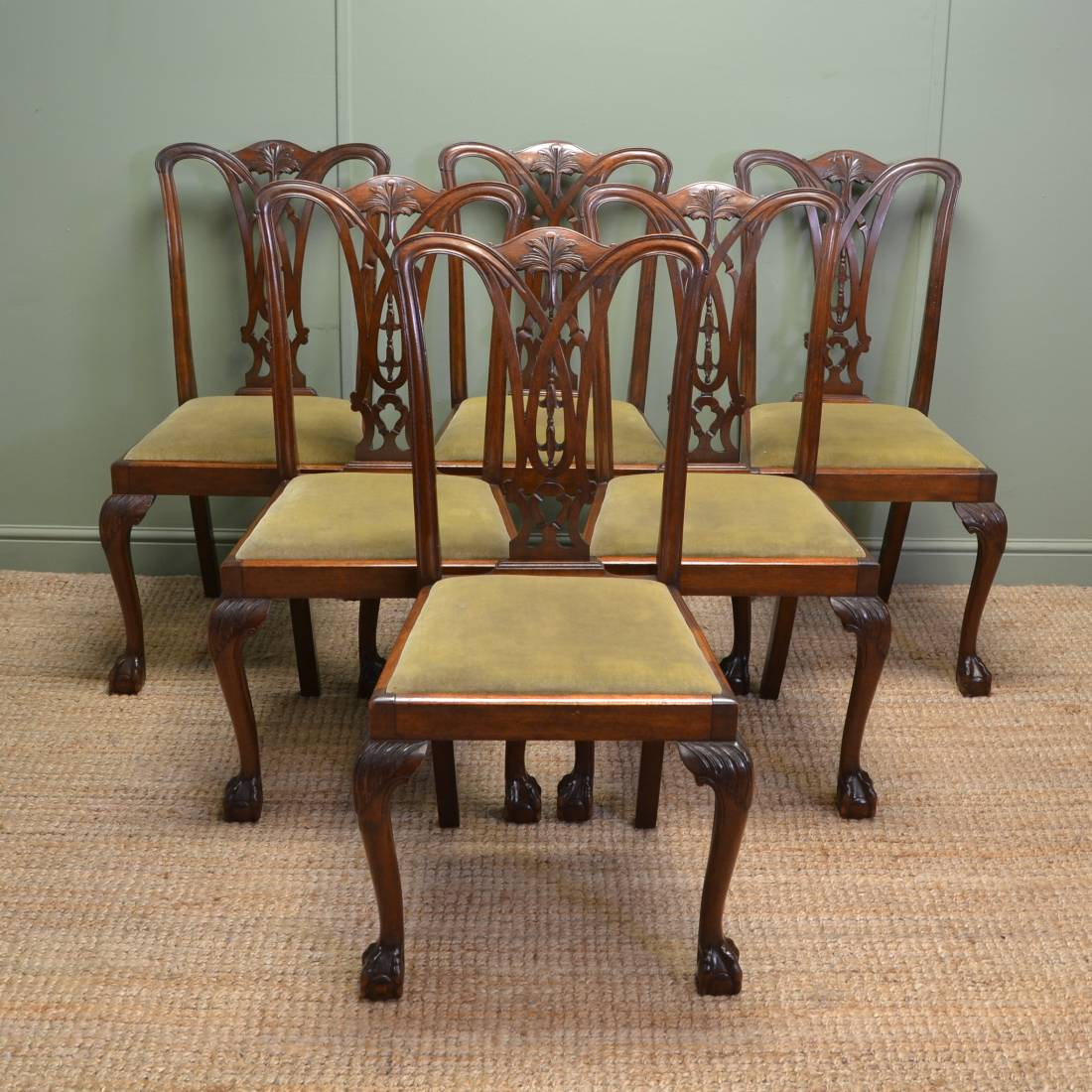 Set of six chippendale design antique dining chairs for Restaurant furniture