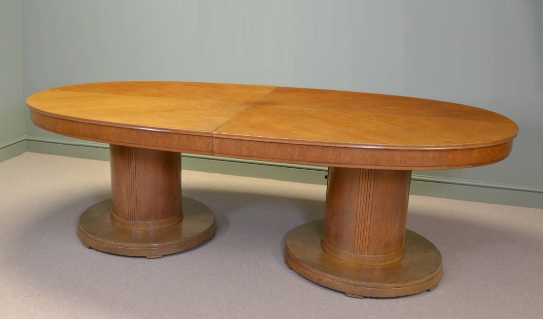 Huge Art Deco Stylish Antique Oak Dining / Board Room Table By Waring And Gillows