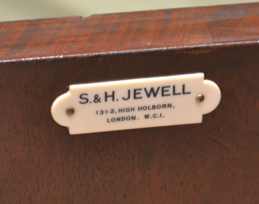 Striking Quality Antique Mahogany Edwardian Bow Fronted Sideboard by S & H  Jewell - Antique Furniture By The Cabinet Makers S & H Jewell - Antiques World