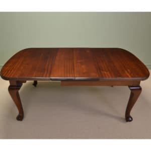 Quality Edwardian Rich Walnut Antique Extending Dining Table