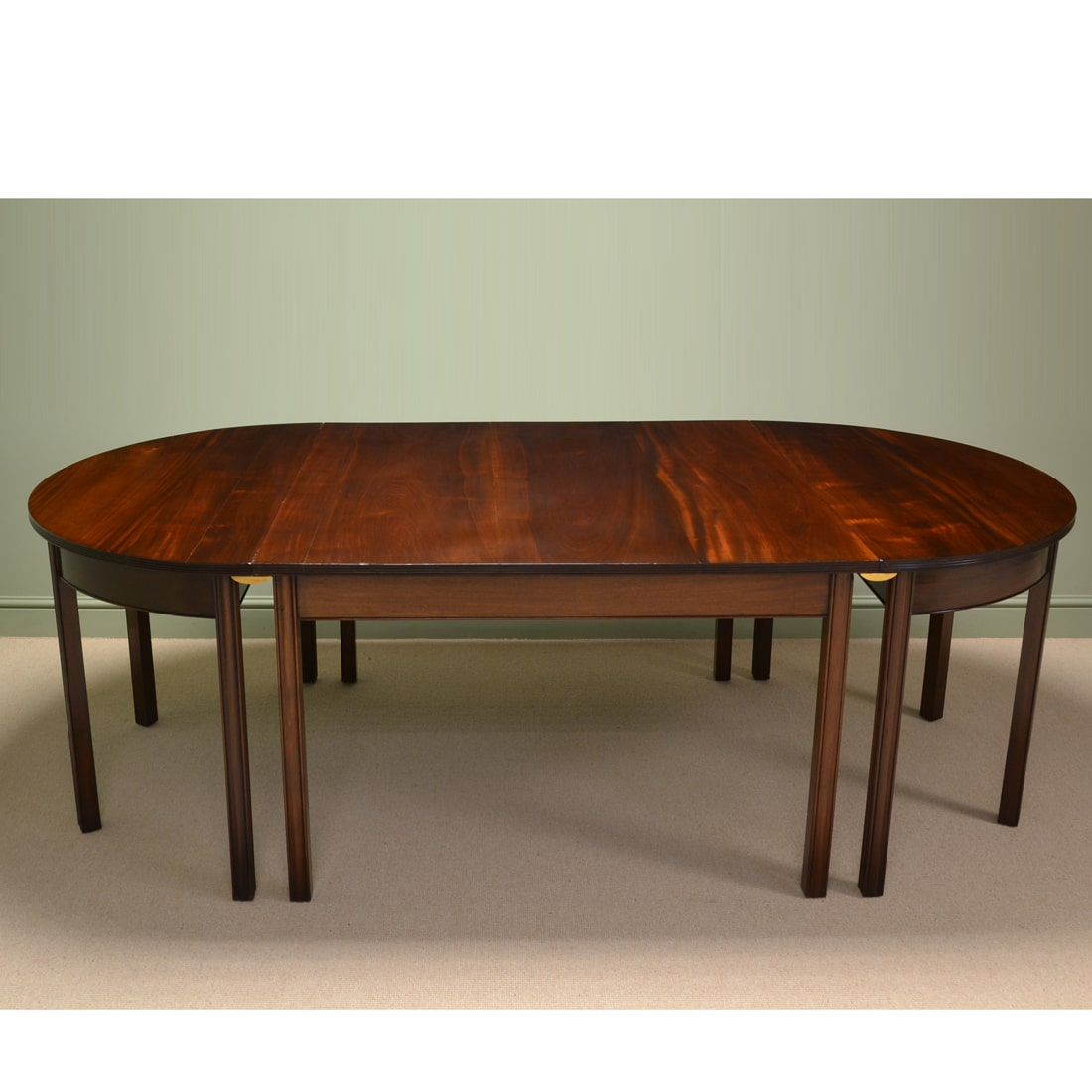 Large Waring and Gillows Figured Mahogany Antique Dining  : 59231 from antiquesworld.co.uk size 1100 x 1100 jpeg 455kB