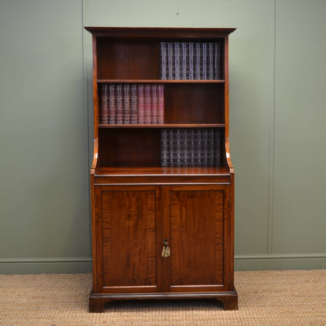 Quality Edwardian Mahogany Antique Open Bookcase On