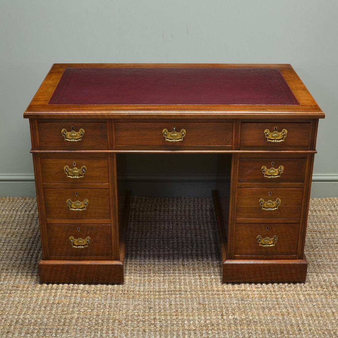Fine Quality Victorian Walnut Antique Pedestal Desk