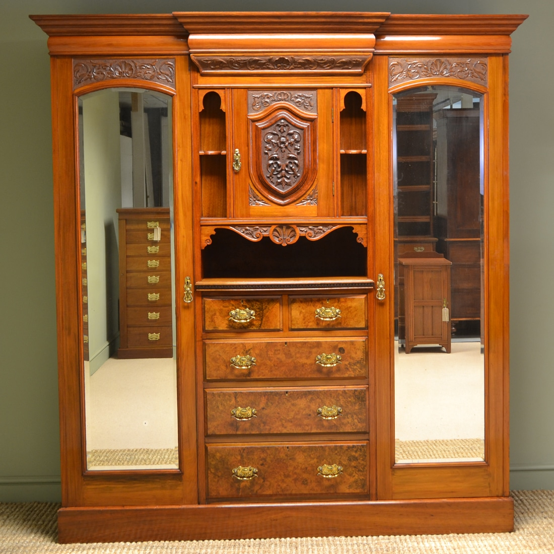 Spectacular Maple & Co Figured Walnut Victorian Antique