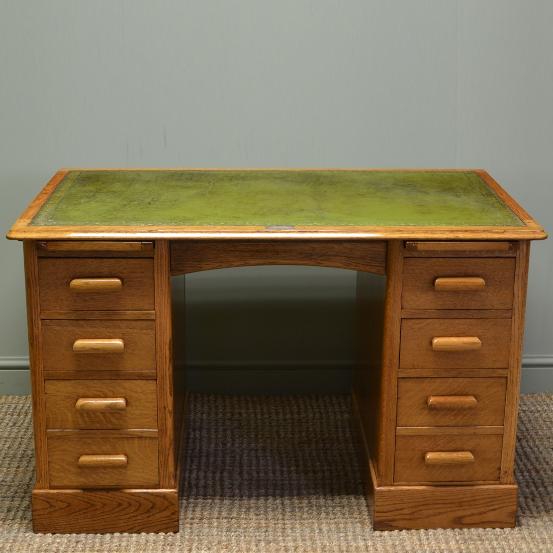 Spectacular Golden Oak Maple And Co Edwardian Antique Pedestal Desk