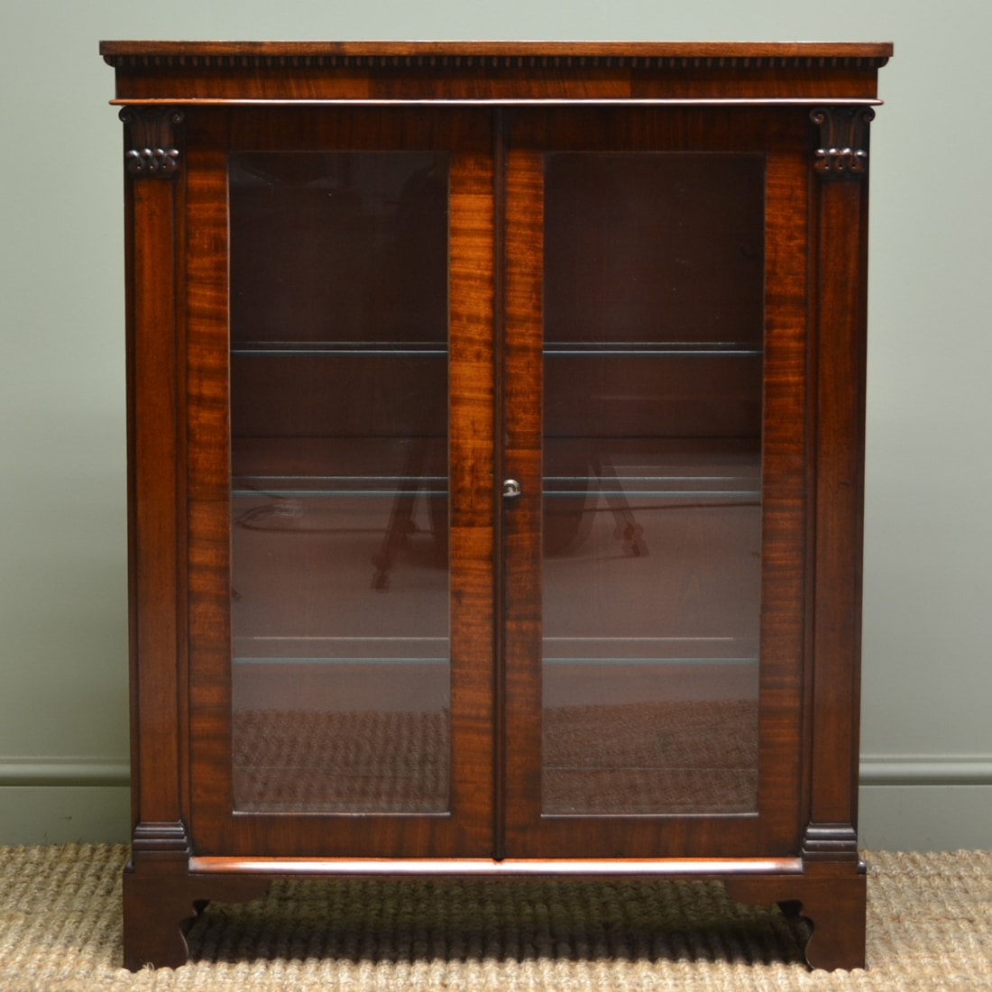 Superb quality william iv small antique mahogany glazed for Antique display cabinet