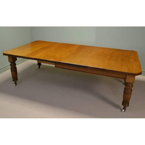 Stunning Golden Oak Large Extending Antique Dining Table
