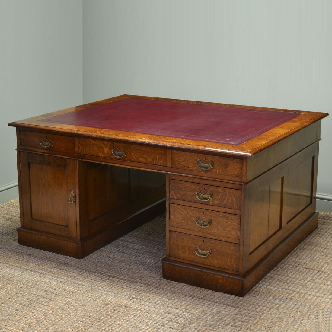 Large Quality Victorian Oak Antique True Partners Desk
