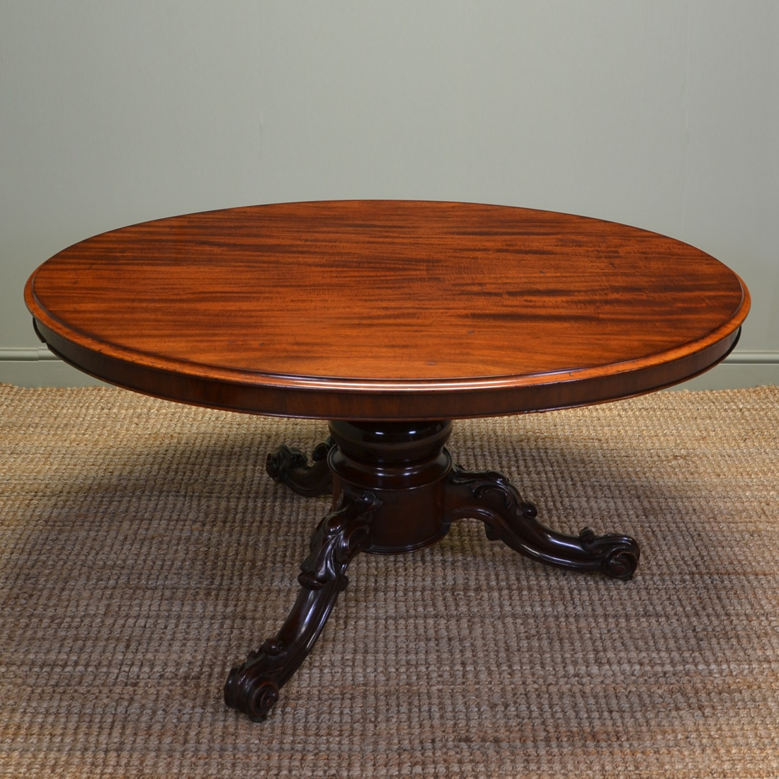 large quality victorian oval mahogany antique dining table antiques