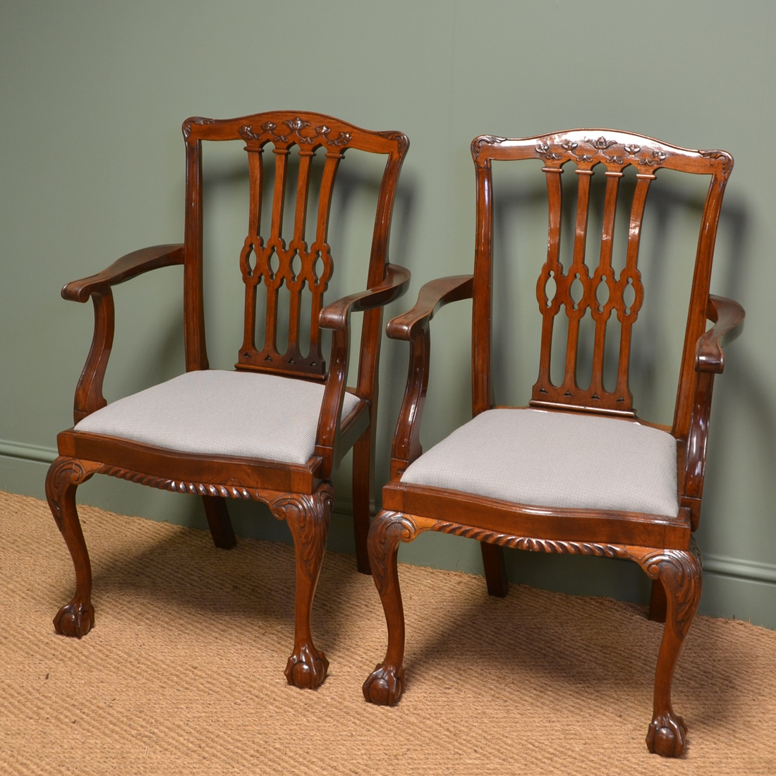 Impressive pair of quality edwardian mahogany chippendale